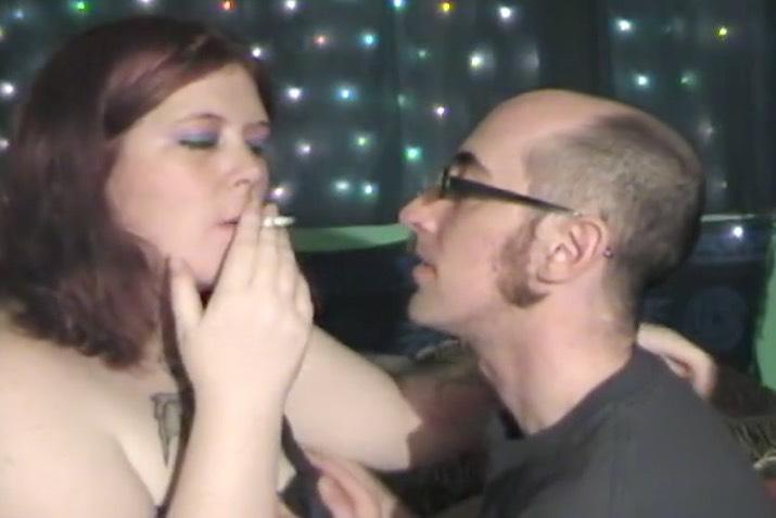 BBW Kissing and Smoking Fetish