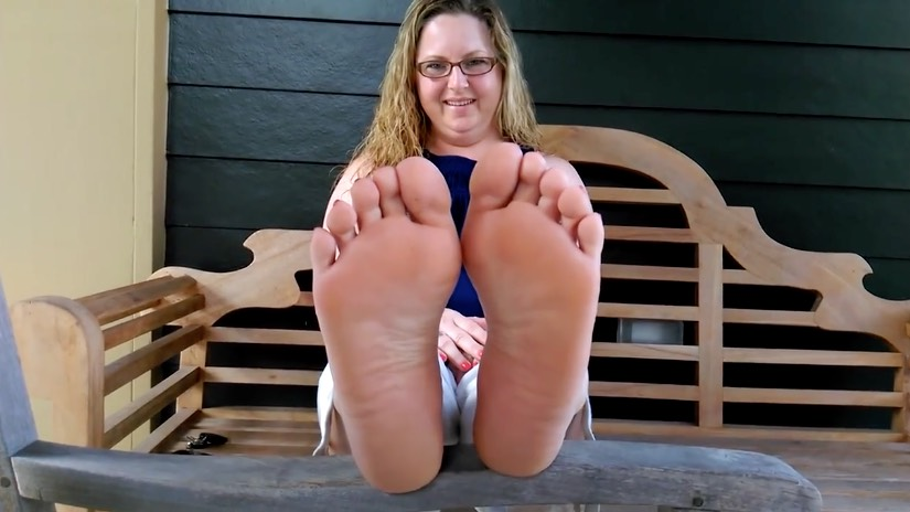 Sexy MILF Chubby Feet