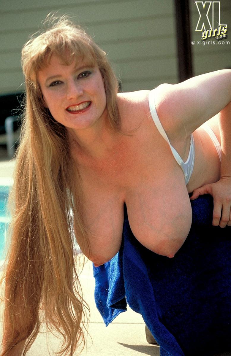Big Areolaed Alexis - Busty Bbw Porn-7594